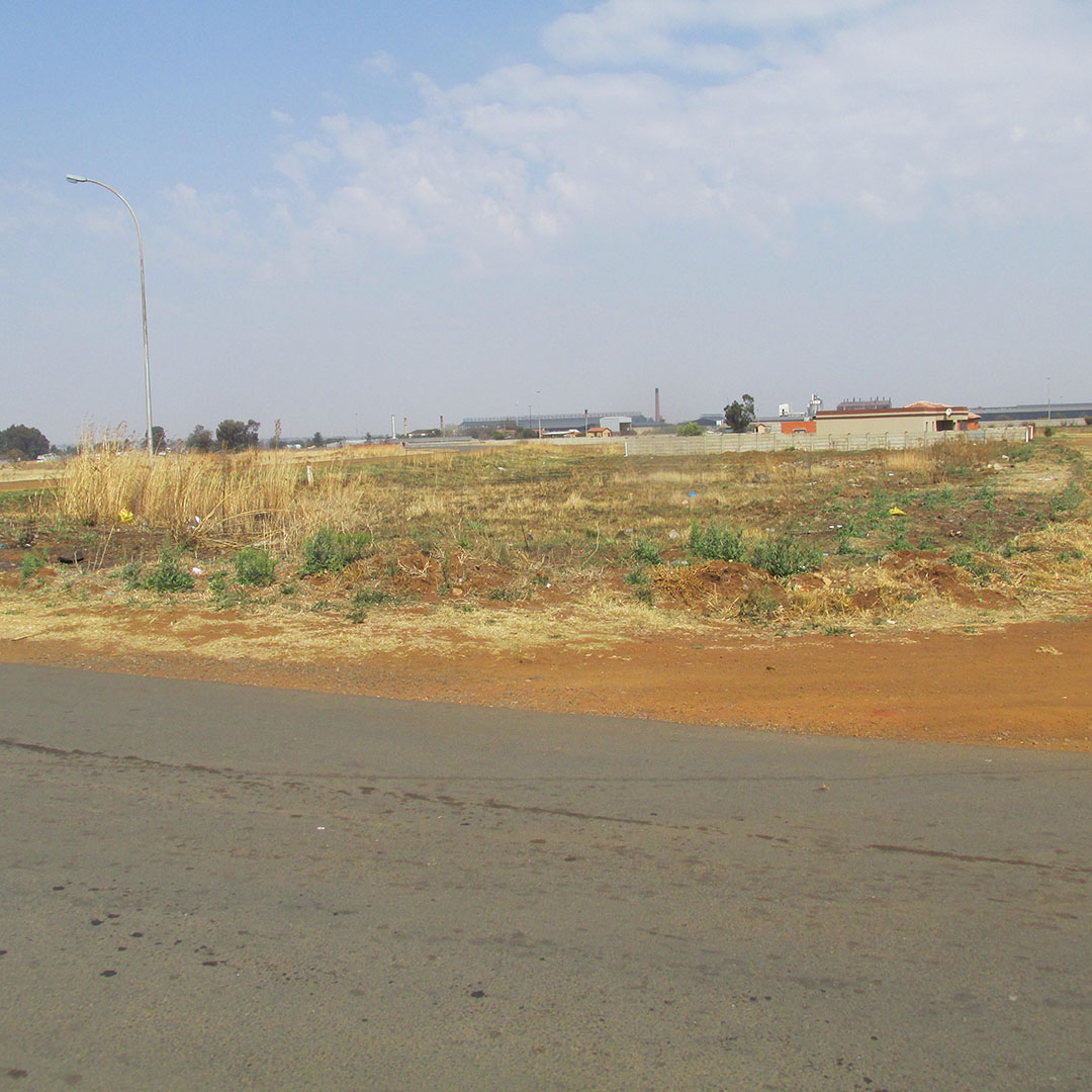 MULTIPLE PROPERTY AUCTION - 56 VACANT STANDS IN THE MIDVAAL